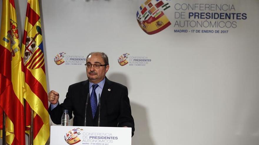 Lambán, escéptico hasta comprobar el compromiso de Rajoy en cumplir los acuerdos