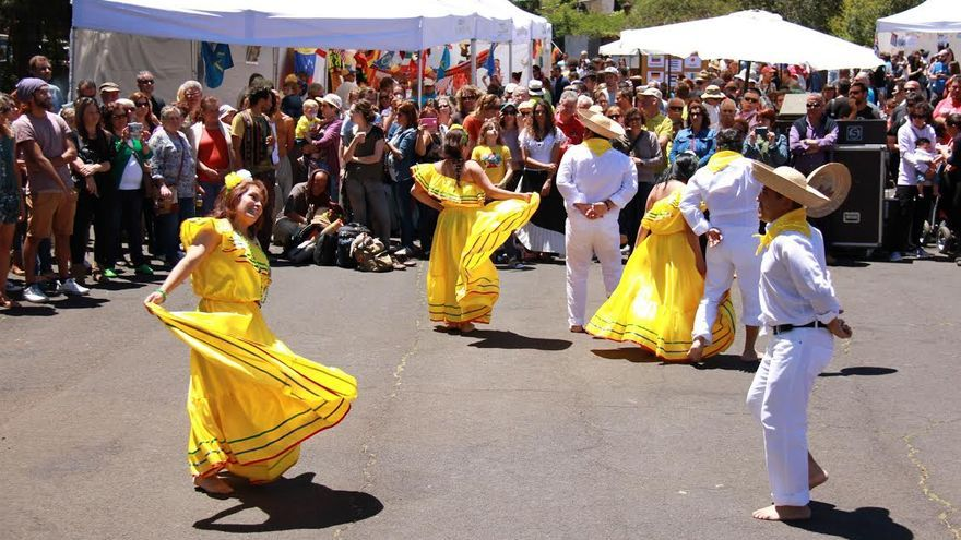 En la imagen, uno de los grupos participantes en la I Feria Culturas del Mundo celebrada en Puntagorda.