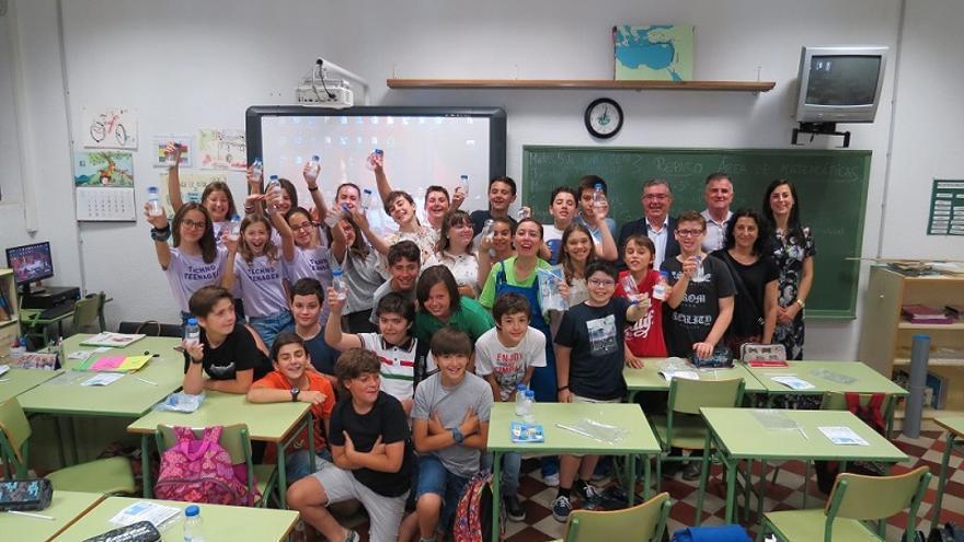 Aguas de Murcia imparte clases de concienciación sobre Medio Ambiente en primaria