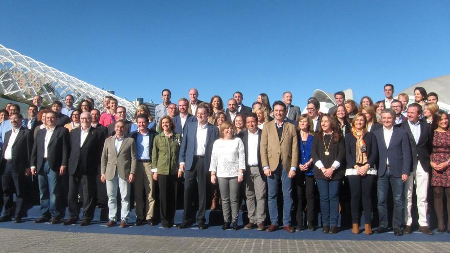 Rajoy se compromete a aprobar un nuevo modelo de financiación y a impulsar el Corredor mediterráneo y el AVE a Castellón