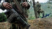 Los Paramilitares, abusos y asesinatos persisten en Colombia pese a paz con FARC, según Amnistía