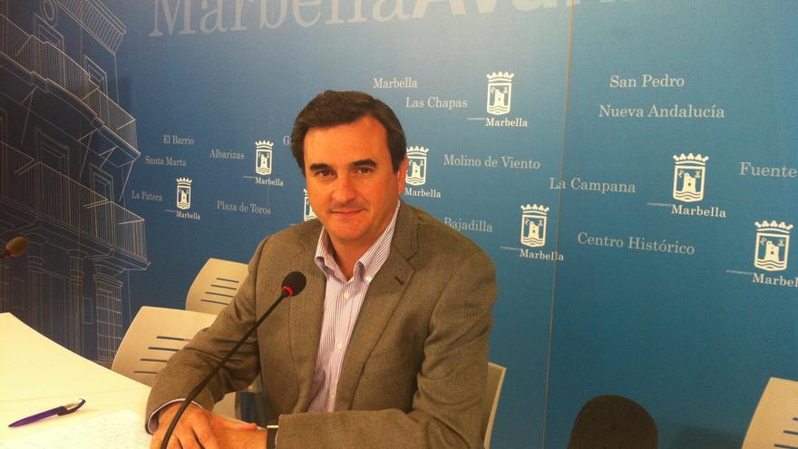 El primer teniente de alcalde de Marbella, Félix Romero, hoy en rueda de prensa