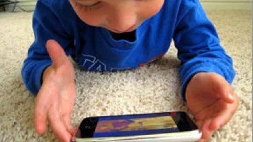 Las 'apps' intentan mejorar la experiencia de juego del juguete