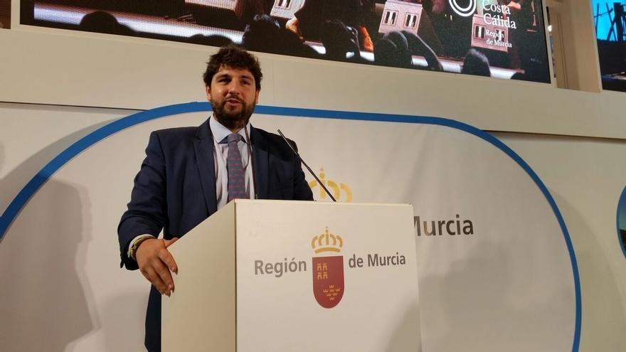 López Miras prevé 1,5 millones de turistas más en Murcia con la llegada del AVE y del aeropuerto internacional