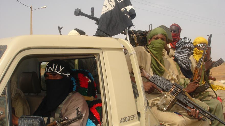 MIembros del grupo Islamista Movimiento por la Unidad y la Jihad en África Occidental, que opera en el norte de Malí © Brahima Ouedraogo/IRIN