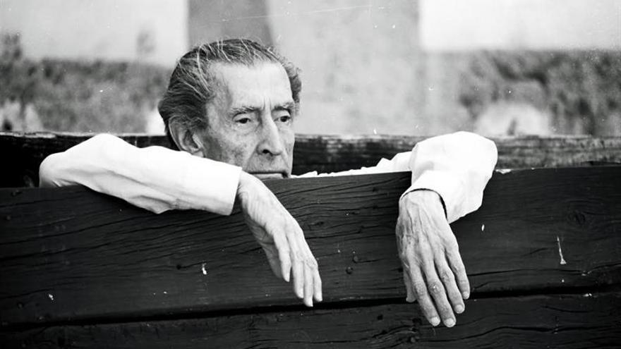 """Morante prologa la nueva edición de """"El arte de Birlibirloque"""" de Bergamín"""