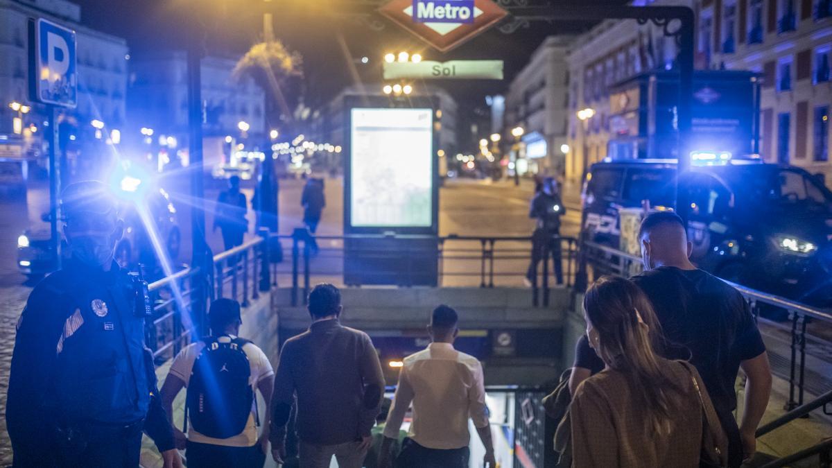 Último toque de queda en Madrid
