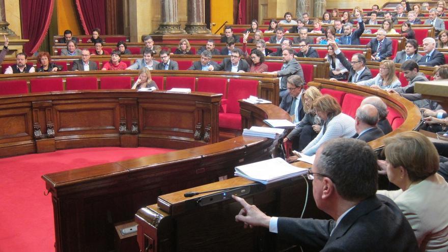 El PSC rechazará una moción del PP contra la consulta si no acepta una enmienda que reclama diálogo
