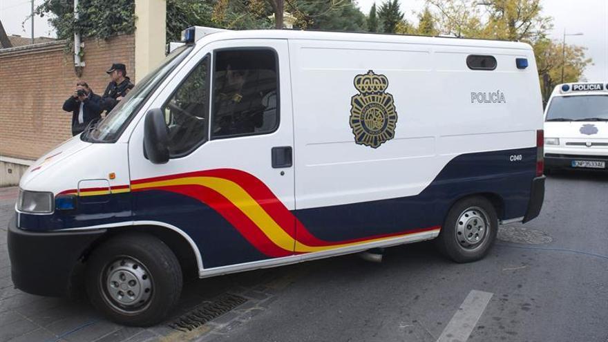 Catorce detenidos por legalizar coches robados con bastidores de desguaces