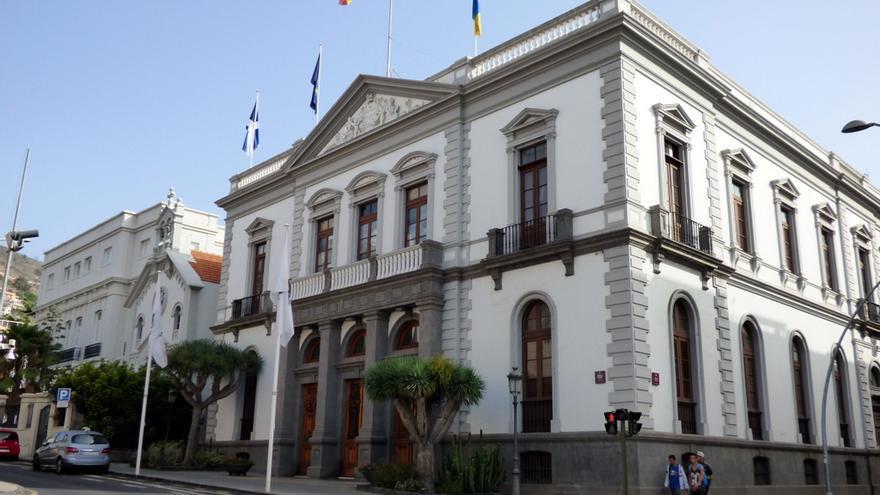 Resultado de imagen de ayuntamiento de Santa cruz