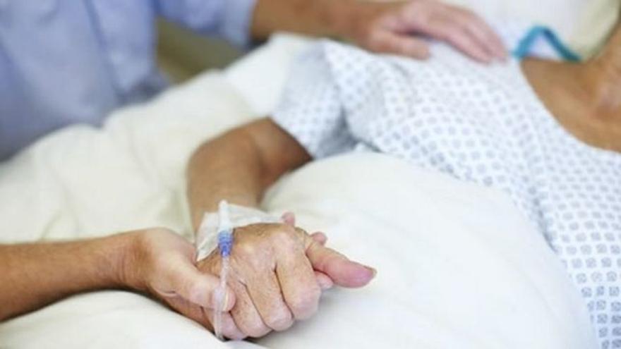 Sólo la mitad de las personas que necesitan cuidados paliativos los reciben