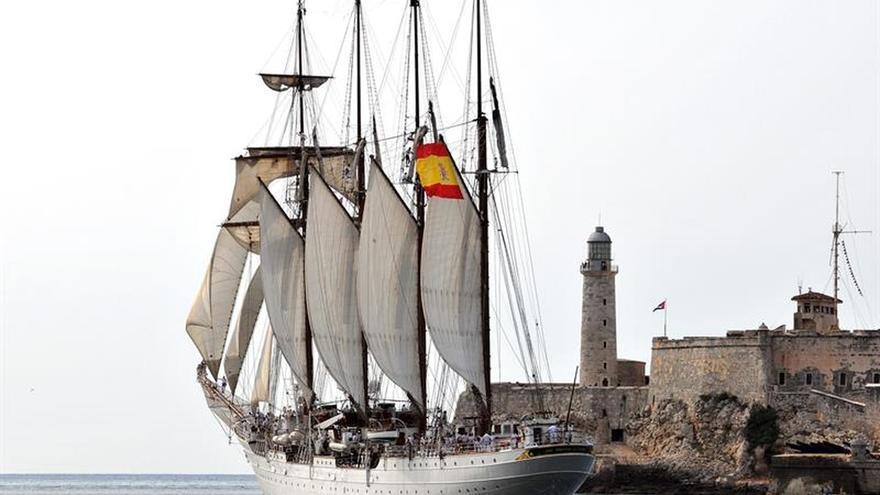 Llega a La Habana el buque escuela Juan Sebastián Elcano de la Armada Española