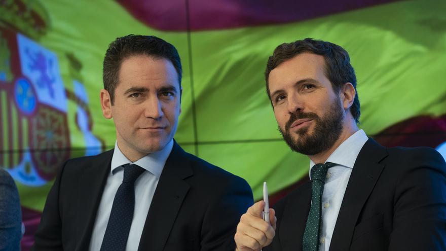 Teodoro García Egea y Pablo Casado, en una reciente reunión de la dirección del PP.