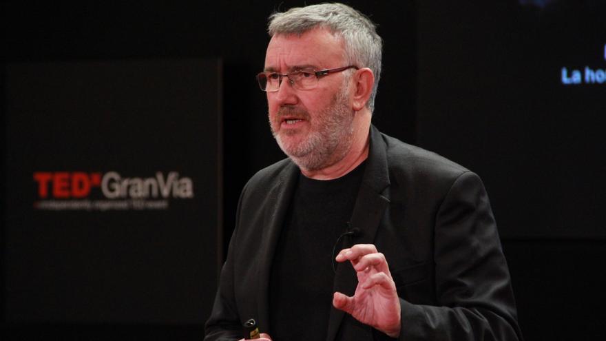 Paco Ortiz durante la charla TEDXYouth@Gran Vía Generación Encontrada. /Foto: TEDX@GranVía
