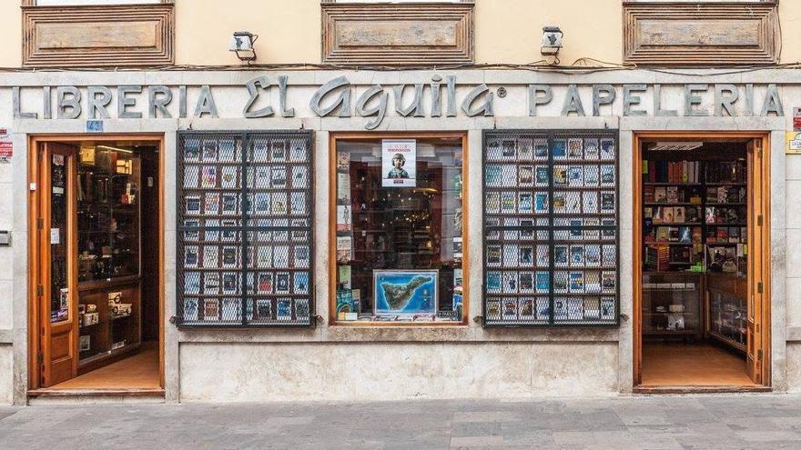 Fachada de la Librería El Águila, en el centro histórico de La Laguna