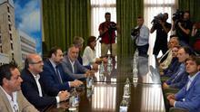 Reunión en el Cabildo palmero entre el ministro Ábalos y la junta directiva de Asprocan, este lunes