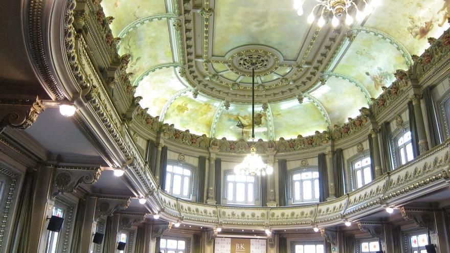 El antropólogo forense Paco Etxeberria y el escritor J.M. Mulet debatirán en Bilbao sobre literatura forense