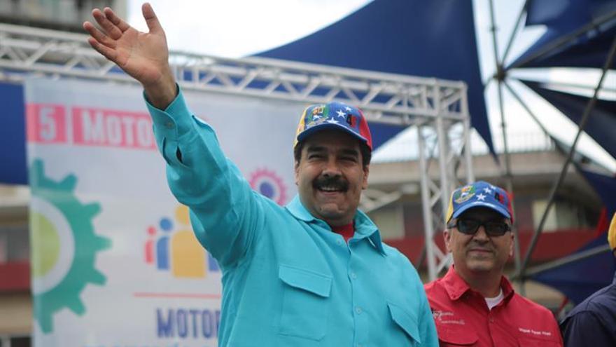 Maduro ordena ejercicios militares frente a supuestos planes de intervención