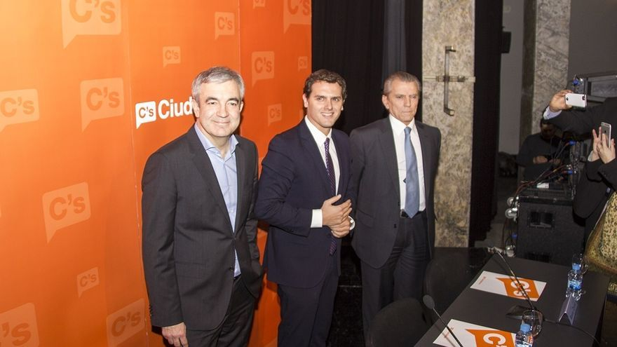 """Garicano critica las ayudas anunciadas por Rajoy, que son """"puro subsidio y parches"""""""