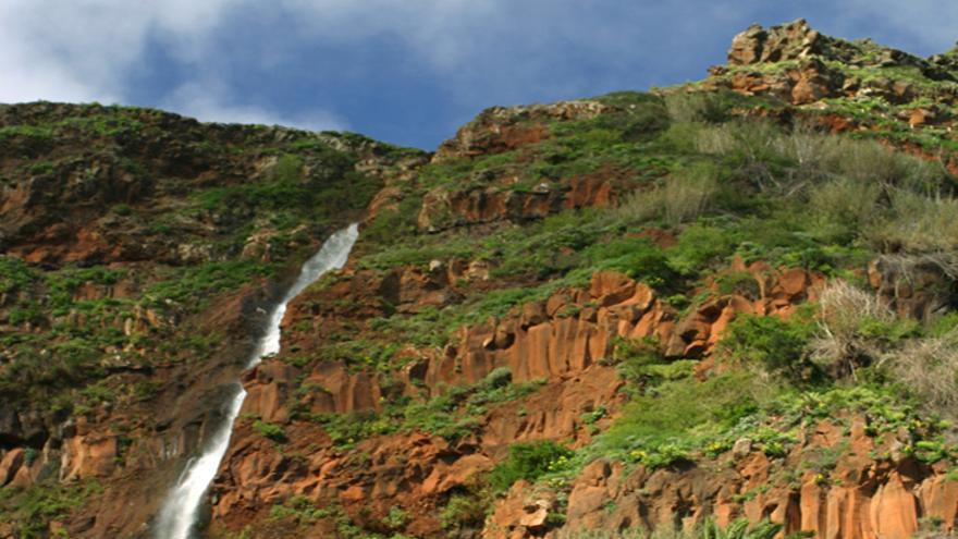 Cascada de Agulo en La Gomera.