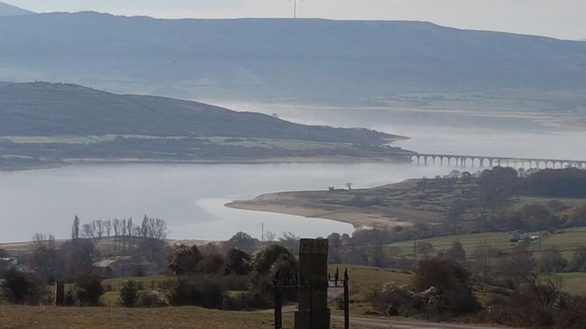 Embalse del Ebro en Cantabria.