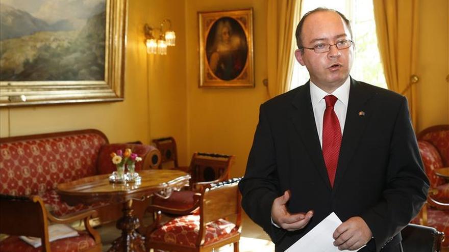 Rumanía y España apoyan crear una Corte Internacional contra el Terrorismo