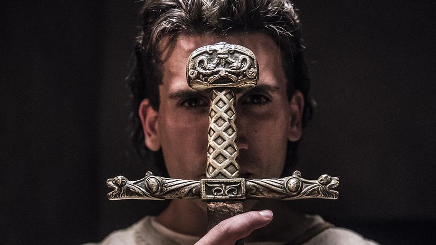 Jaime Lorente convertido en 'El Cid'