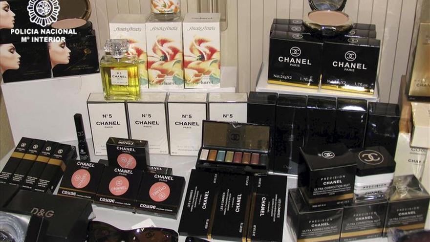 La Agencia Tributaria incauta más de 245.000 cosméticos y perfumes falsificados