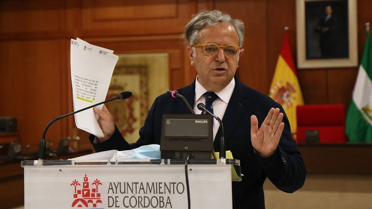 Salvador Fuentes, en rueda de prensa