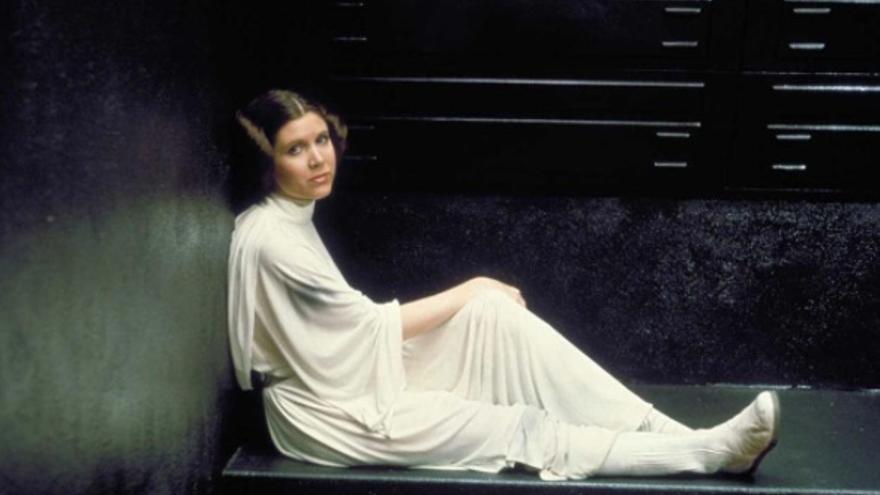Carrie Fisher caracterizada como Princesa Leia. Foto: Instagram Star Wars