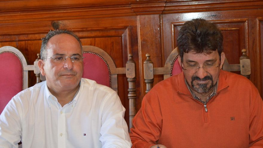 Víctor Chinea (i) junto a Ángel Luis Castilla (d)