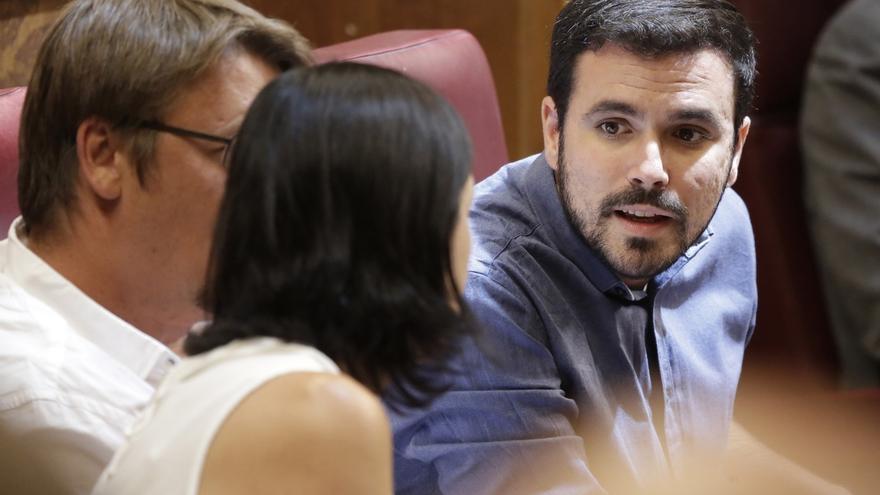 """Garzón tilda de antidemocrático el """"motín oligárquico"""" contra Sánchez para evitar un gobierno alternativo"""