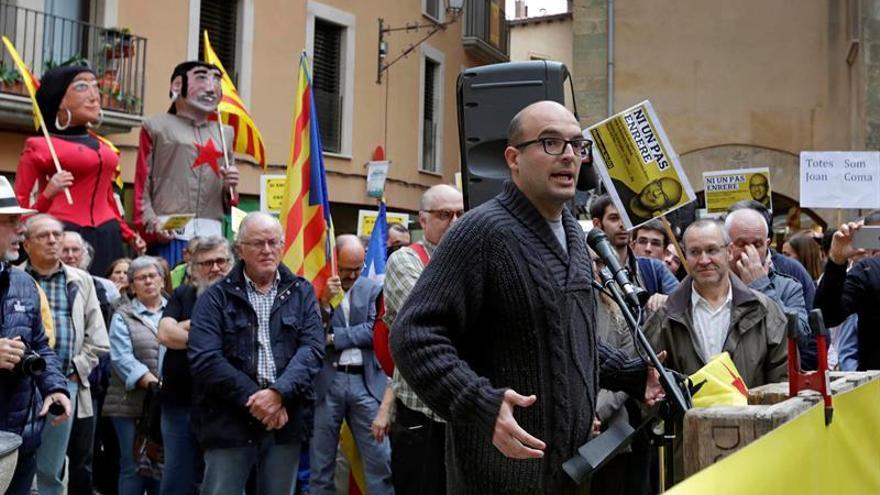 Soberanismo se moviliza en favor del concejal de la CUP Joan Coma