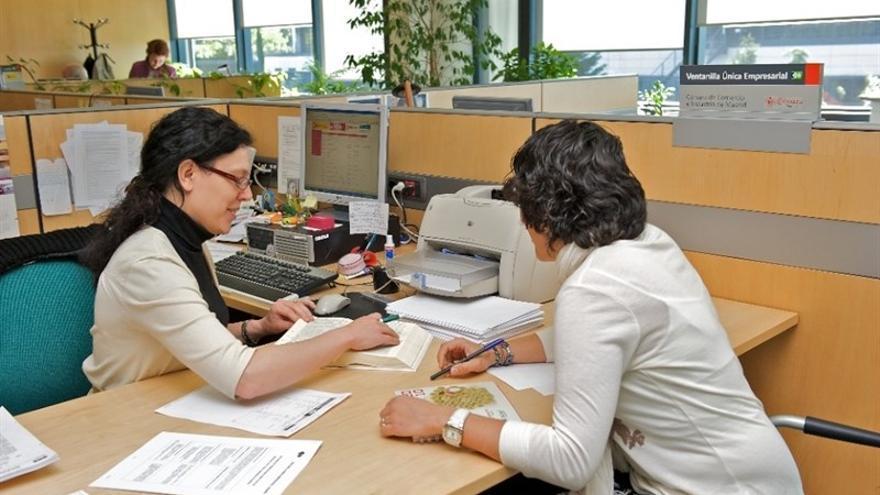 De los 1,5 millones de autónomos españoles de la base de datos de Informa D&B, el 35% es mujer.