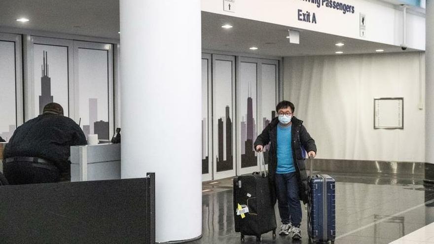 EE.UU. recomienda evitar viajes no esenciales a todo China
