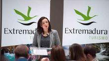 """Elisa Cruz: """"El desarrollo del turismo exige más iniciativa emprendedora"""""""