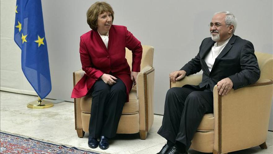 """China pide al presidente iraní que busque """"el mayor consenso posible"""" en Ginebra"""