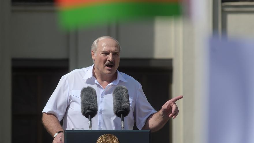 Lukashenko convoca a sus partidarios a un mitin en Minsk