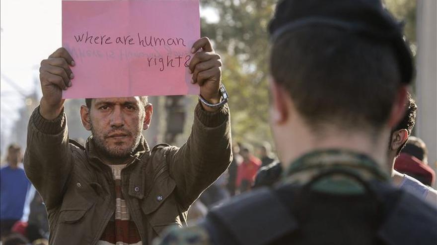 Limitan a sirios, iraquíes y afganos el paso por la ruta de los Balcanes