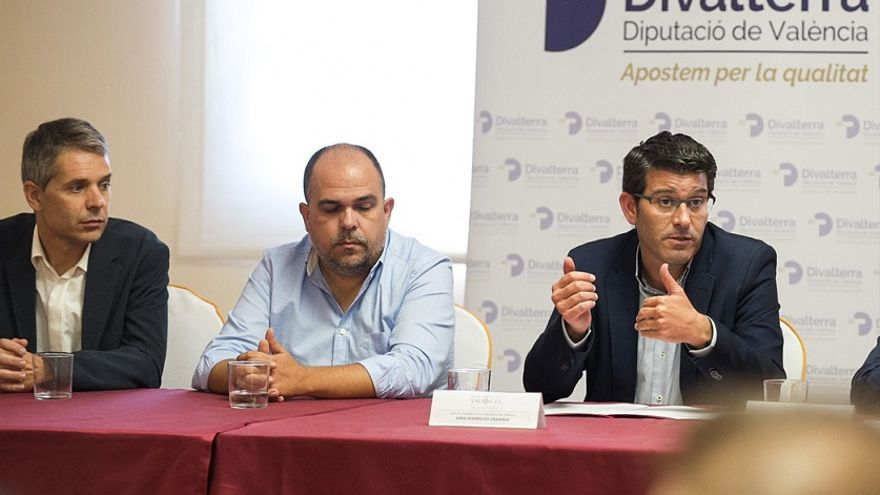 Miguel Ángel Ferri (izquierda) y Jorge Rodríguez (derecha) en un acto de Divalterra