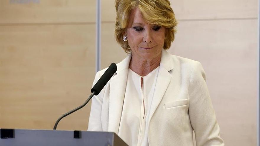 """Esperanza Aguirre dimite tras sentirse """"engañada y traicionada"""" por González"""