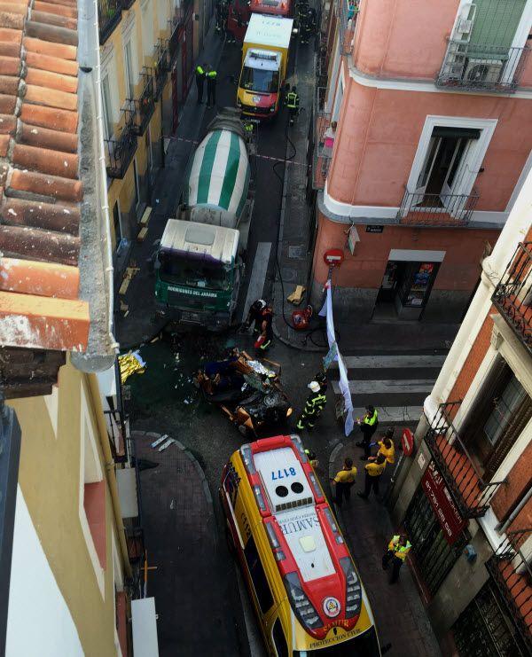El coche una vez liberado por los bomberos | Fotografía: Jose Manuel Fernández