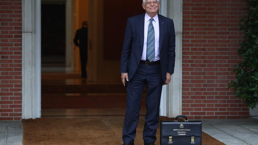"""Borrell pide colaboración a la oposición y alerta: """"Cataluña está al borde del enfrentamiento civil"""""""