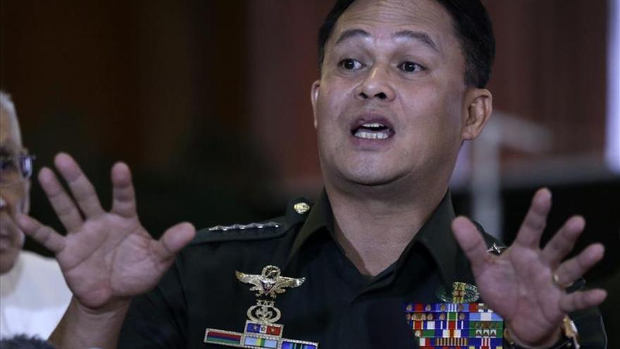 Filipinas enviará tropas al sur del país para frenar combates entre rebeldes