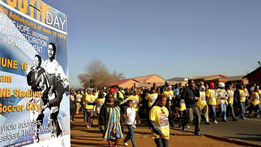 Estudiantes sudafricanos reivindican el legado del levantamiento de Soweto