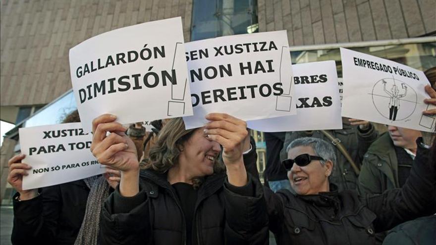 """Los secretarios judiciales ven """"teatral"""" el anuncio de la rebaja de las tasas"""