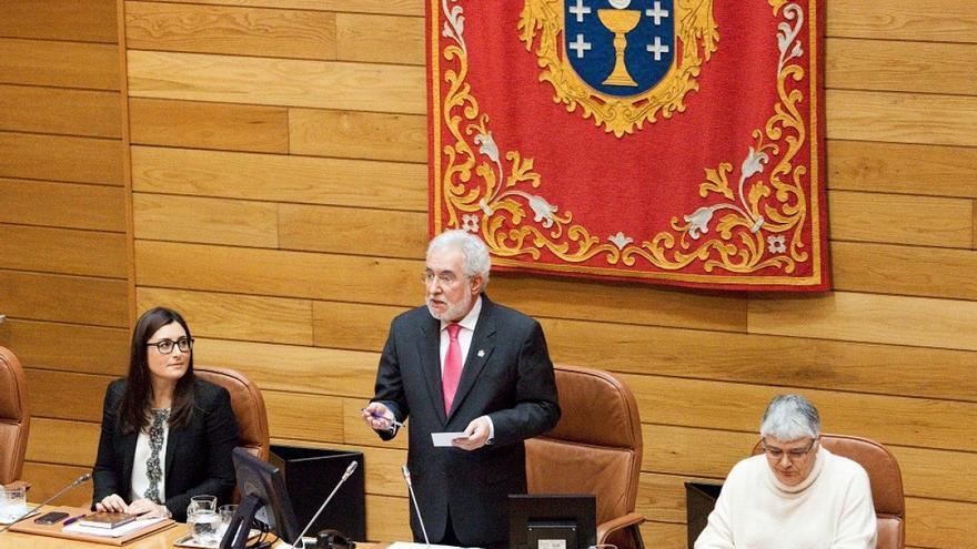 Santalices, pronunciando su primer discurso como presidente