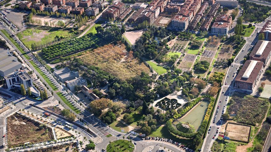 Parc de Torreblanca, situat entre els termes de Sant Feliu de Llobregat, Sant Joan Despí i Sant Just Desvern