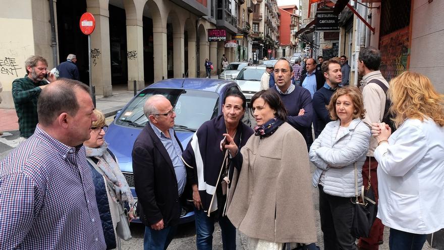 La alcaldesa, Gema Igual, en una imagen de archivo durante una visita al Río de la Pila.