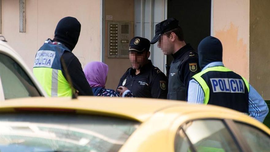 El sirio detenido en Málaga pretendía adquirir armas y chalecos antibalas